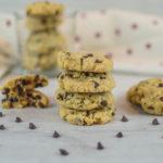 Biscotti vegan con gocce di cioccolato