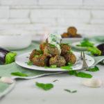 Polpettine Vegan di melanzane con salsa fresca al cetriolo