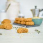 Biscotti vegan e senza glutine al burro d'arachidi